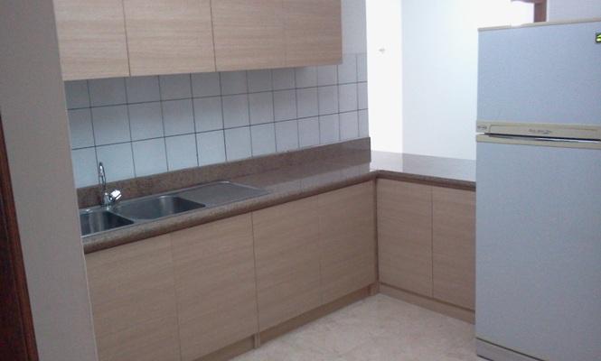 부동산 매물 > 부엌과 욕실 이 잘 개조된 낀따마니 방 3개 임대